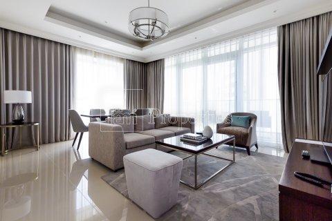 Apartment in Downtown Dubai (Downtown Burj Dubai), Dubai, UAE 2 bedrooms, 134.4 sq.m. № 4983 - photo 1