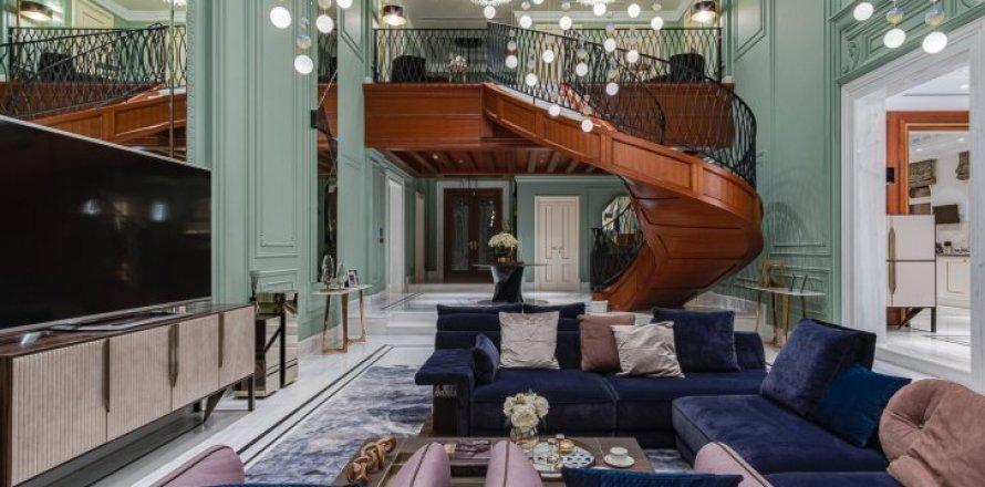 Villa in Palm Jumeirah, Dubai, UAE 6 bedrooms, 863 sq.m. № 6598