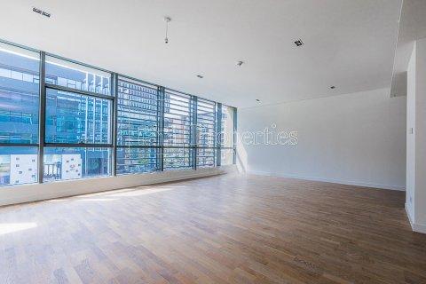 Apartment in Jumeirah, Dubai, UAE 3 bedrooms, 215.2 sq.m. № 4760 - photo 13