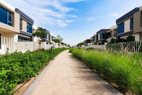 Townhouse in Dubai Hills Estate, Dubai, UAE 4 bedrooms, 222 sq.m. № 6655 - photo 10