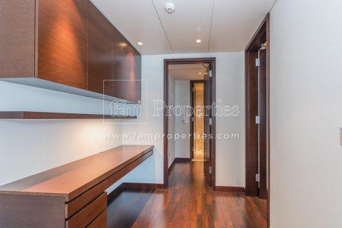 Apartment in Downtown Dubai (Downtown Burj Dubai), Dubai, UAE 2 bedrooms, 191 sq.m. № 4370 - photo 6