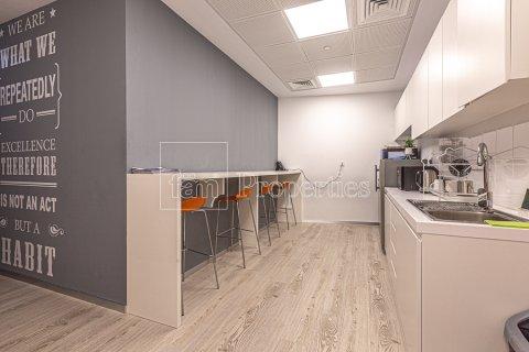 Office in Business Bay, Dubai, UAE 348.4 sq.m. № 3778 - photo 27