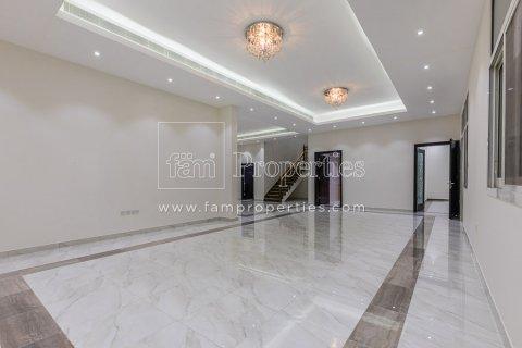 Villa in Dubai Land, Dubai, UAE 5 bedrooms, 678.2 sq.m. № 5106 - photo 3