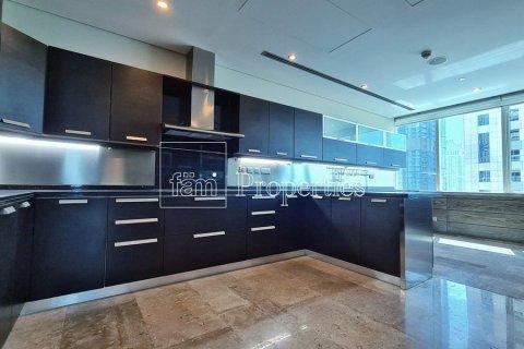 Apartment in Dubai Marina, Dubai, UAE 4 bedrooms, 566.6 sq.m. № 3397 - photo 5