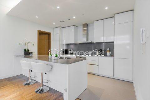 Apartment in Jumeirah, Dubai, UAE 2 bedrooms, 177.4 sq.m. № 4767 - photo 3