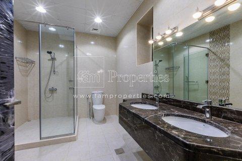 Villa in Dubai Land, Dubai, UAE 5 bedrooms, 678.2 sq.m. № 5106 - photo 7