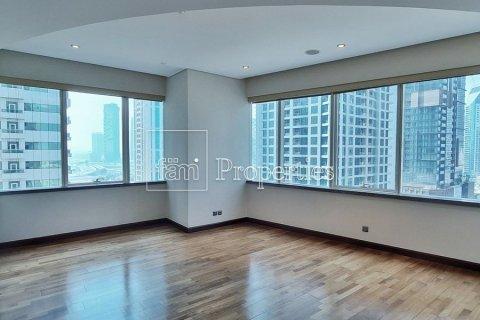 Apartment in Dubai Marina, Dubai, UAE 4 bedrooms, 566.6 sq.m. № 3397 - photo 16