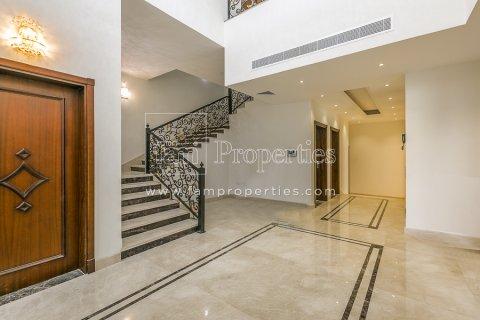 Villa in Dubai Land, Dubai, UAE 6 bedrooms, 947.6 sq.m. № 5045 - photo 5