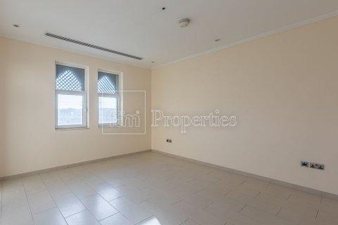 Villa in Jumeirah, Dubai, UAE 3 bedrooms, 826.6 sq.m. № 3417 - photo 14