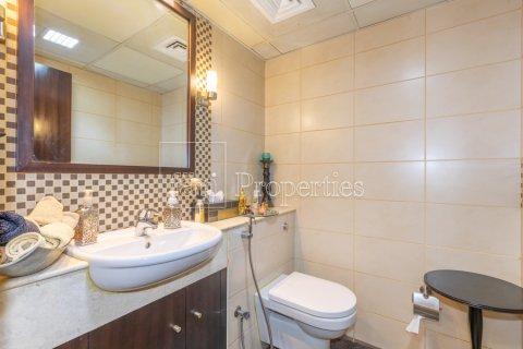 Villa in Dubai Land, Dubai, UAE 5 bedrooms, 550.7 sq.m. № 3848 - photo 7