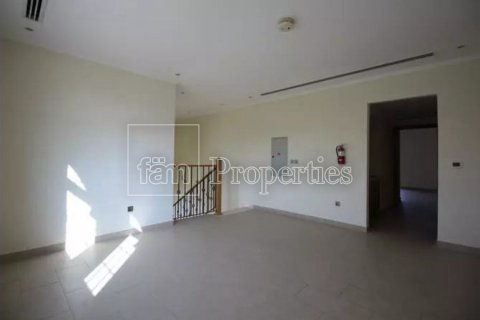 Villa in Jumeirah, Dubai, UAE 3 bedrooms, 327.7 sq.m. № 3194 - photo 3