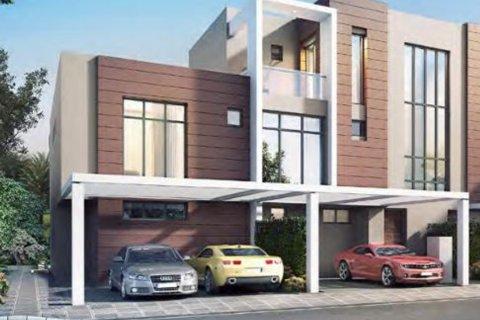 Villa in Dubai, UAE 3 bedrooms, 174.8 sq.m. № 4906 - photo 2