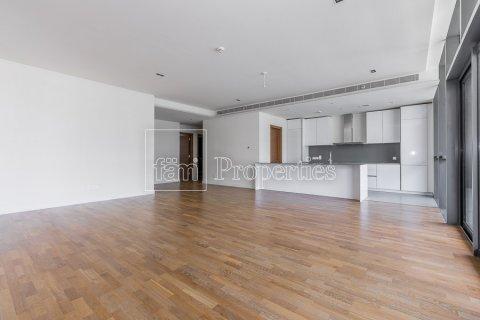 Apartment in Jumeirah, Dubai, UAE 3 bedrooms, 204.6 sq.m. № 4706 - photo 3