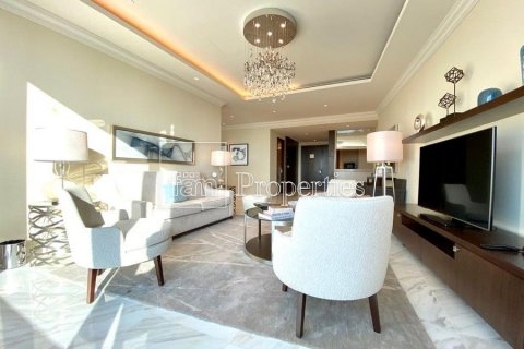 Apartment in Downtown Dubai (Downtown Burj Dubai), Dubai, UAE 4 bedrooms, 251.2 sq.m. № 5507 - photo 4