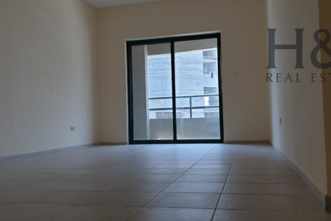 Building in Barsha Heights (Tecom), Dubai, UAE 139.4 sq.m. № 2778 - photo 1