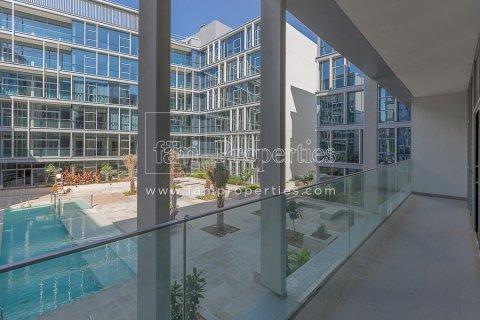 Apartment in Jumeirah, Dubai, UAE 3 bedrooms, 204.2 sq.m. № 5280 - photo 10
