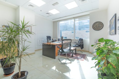 Commercial property in Business Bay, Dubai, UAE 1866.9 sq.m. № 3432 - photo 9