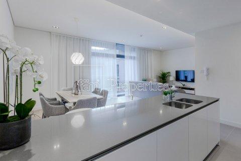 Apartment in Jumeirah, Dubai, UAE 2 bedrooms, 156.4 sq.m. № 4717 - photo 6