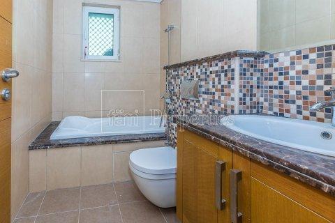Villa in Jumeirah, Dubai, UAE 3 bedrooms, 826.6 sq.m. № 3417 - photo 19
