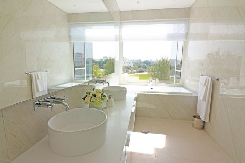 Villa in Al Barari, Dubai, UAE 6 bedrooms, 833.8 sq.m. № 3306 - photo 12