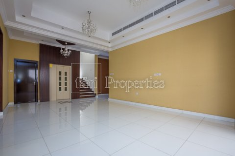 Villa in Dubai Land, Dubai, UAE 4 bedrooms, 557.4 sq.m. № 4774 - photo 5