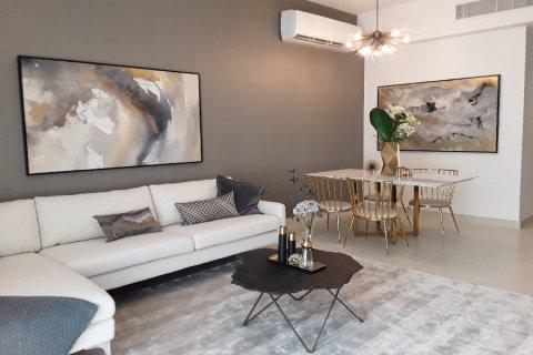 Apartment in Dubai, UAE 1 bedroom, 102.7 sq.m. № 3581 - photo 10