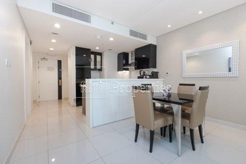 Apartment in Business Bay, Dubai, UAE 1 bedroom, 66.8 sq.m. № 4949 - photo 12