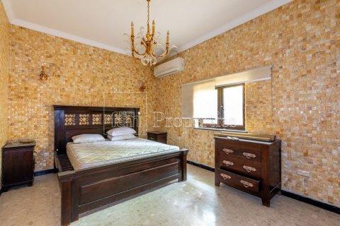 Villa in Dubai Land, Dubai, UAE 6 bedrooms, 1254.2 sq.m. № 5196 - photo 20