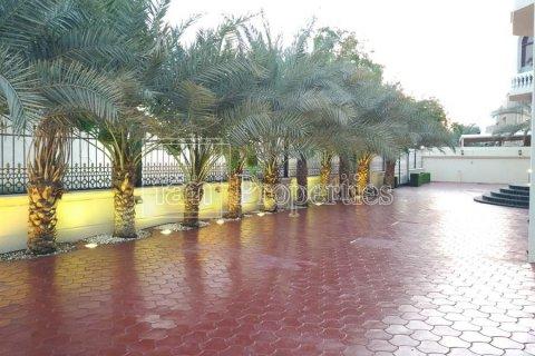 Villa in Emirates Hills, Dubai, UAE 7 bedrooms, 1723.6 sq.m. № 3674 - photo 23