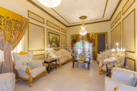 Villa in Dubai Land, Dubai, UAE 5 bedrooms, 550.7 sq.m. № 3848 - photo 22