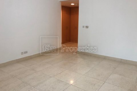 Apartment in Dubai Marina, Dubai, UAE 3 bedrooms, 244.6 sq.m. № 3186 - photo 2