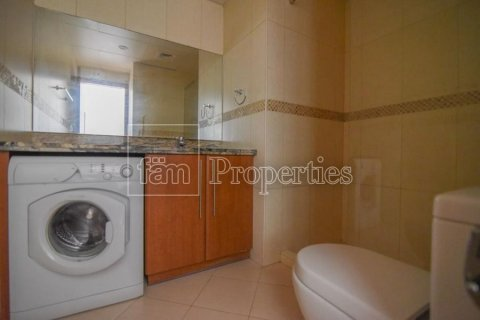 Apartment in Dubai, UAE 43.4 sq.m. № 3235 - photo 10