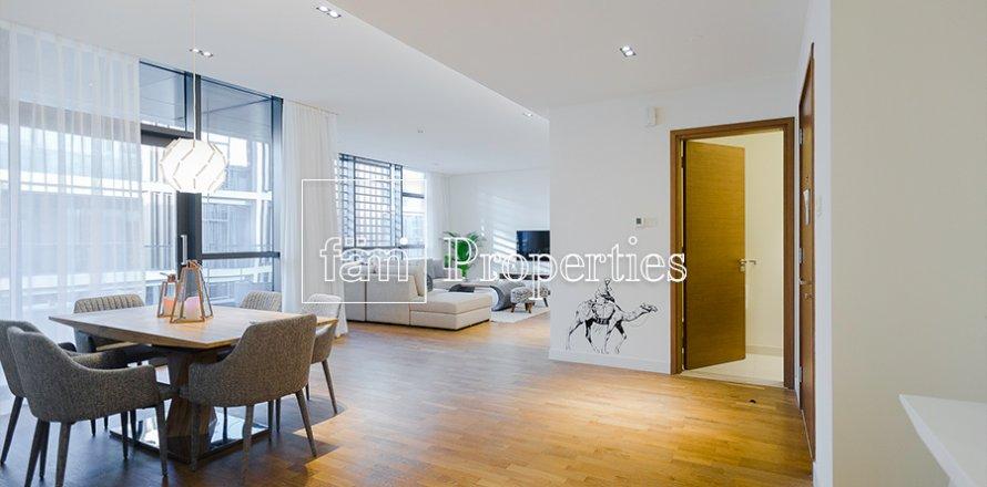 Apartment in Jumeirah, Dubai, UAE 2 bedrooms, 177.4 sq.m. № 4767