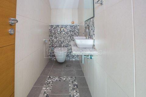Villa in Jumeirah, Dubai, UAE 3 bedrooms, 826.6 sq.m. № 3417 - photo 25
