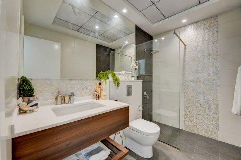 Apartment in Dubai, UAE 1 bedroom, 102.7 sq.m. № 3581 - photo 12