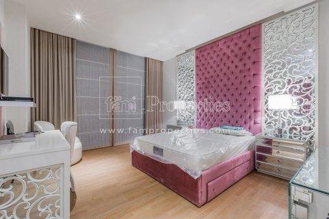 Duplex in Jumeirah, Dubai, UAE 3 bedrooms, 284.2 sq.m. № 4853 - photo 7