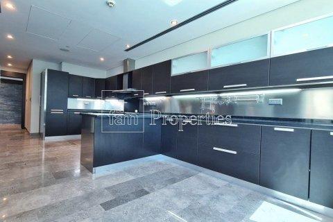 Apartment in Dubai Marina, Dubai, UAE 4 bedrooms, 566.6 sq.m. № 3397 - photo 15