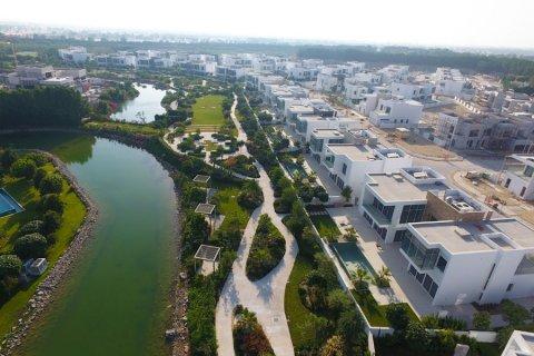 Villa in Al Barari, Dubai, UAE 6 bedrooms, 833.8 sq.m. № 3306 - photo 16