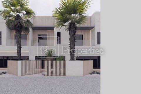 Townhouse in Dubai, UAE 2 bedrooms, 162.6 sq.m. № 3720 - photo 7
