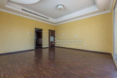 Villa in Dubai Land, Dubai, UAE 4 bedrooms, 557.4 sq.m. № 4774 - photo 10