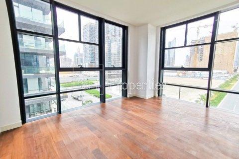 Apartment in Jumeirah, Dubai, UAE 3 bedrooms, 215.8 sq.m. № 4676 - photo 8