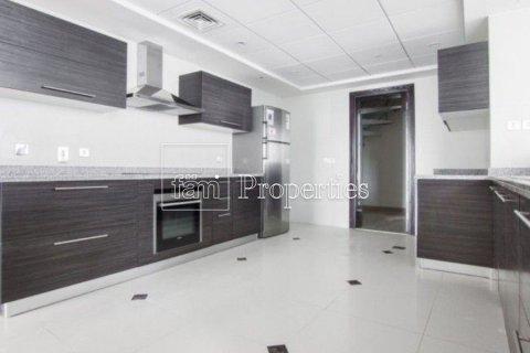Apartment in Dubai Marina, Dubai, UAE 3 bedrooms, 199.4 sq.m. № 4822 - photo 9