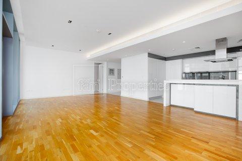 Apartment in Dubai, UAE 1 bedroom, 106.5 sq.m. № 3758 - photo 6
