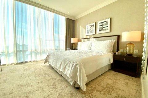 Apartment in Downtown Dubai (Downtown Burj Dubai), Dubai, UAE 4 bedrooms, 251.2 sq.m. № 5507 - photo 15