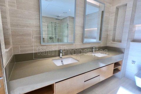 Apartment in Dubai, UAE 3 bedrooms, 135.5 sq.m. № 3626 - photo 1
