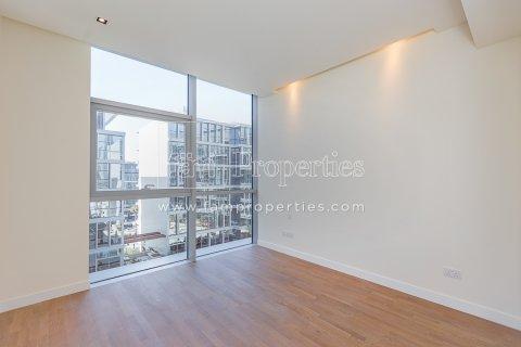 Apartment in Jumeirah, Dubai, UAE 3 bedrooms, 204.2 sq.m. № 5280 - photo 2