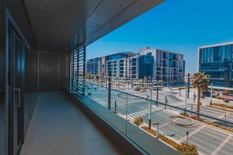 Apartment in Jumeirah, Dubai, UAE 3 bedrooms, 204.6 sq.m. № 4706 - photo 2