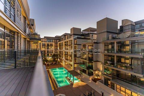 Duplex in Jumeirah, Dubai, UAE 4 bedrooms, 272.7 sq.m. № 4662 - photo 10