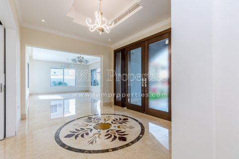 Villa in Dubai Land, Dubai, UAE 7 bedrooms, 789.7 sq.m. № 5188 - photo 3