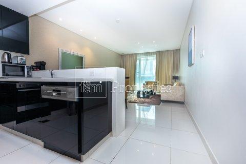 Apartment in Business Bay, Dubai, UAE 1 bedroom, 66.8 sq.m. № 4949 - photo 17